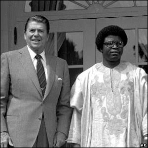 Samuel Doe with Reagan